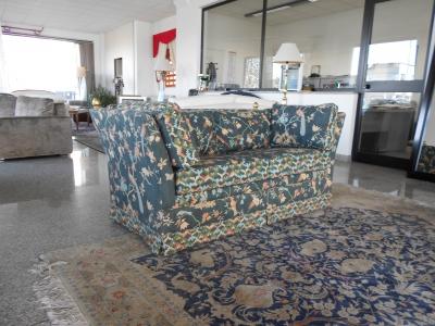 Divani Per Esterni Vendita On Line : Mignani arredi divano posti london fiorato fantasia vendita
